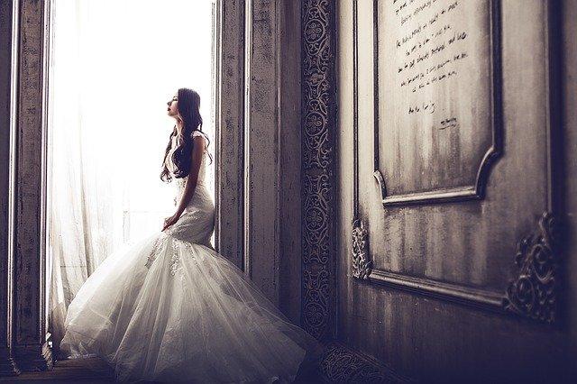 biżuteria do sukni ślubnej
